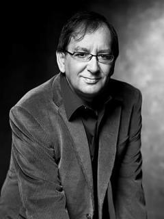 D.E.P. Carlos Llamas